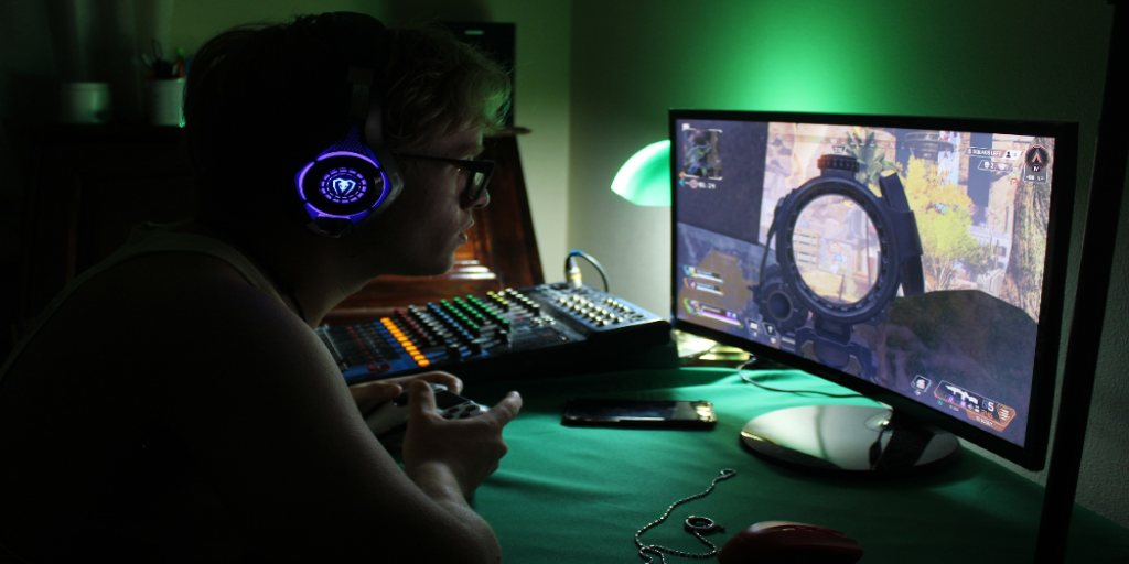 How to Turn Game-Obsessed Kids into Promising Game Developers